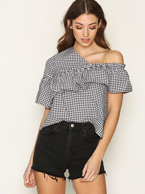 Topshop MOTO Highwaisted Mom Shorts Washed Black