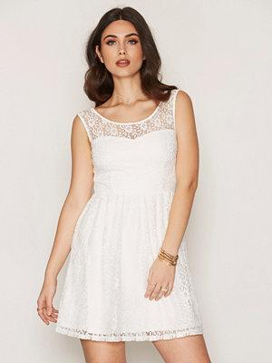 Dry Lake True Love Dress White