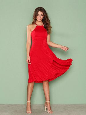 NLY One Midi Slit Dress Röd