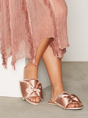 Tofflor - NLY Shoes Raw Edge Sandal Dusty Pink