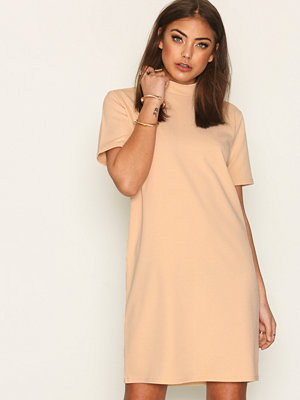 NLY Trend Scuba Crepe Dress Beige