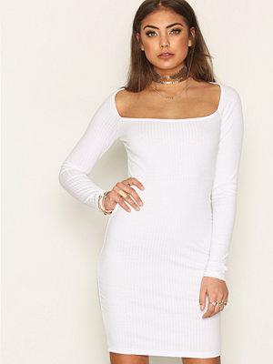 Festklänningar - NLY Trend Square Rib Dress