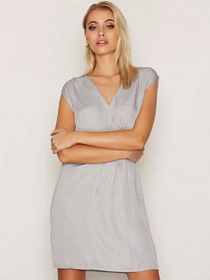 Dry Lake Sunkissed Dress Light Grey