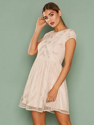 Festklänningar - NLY One Forever Beaded Dress