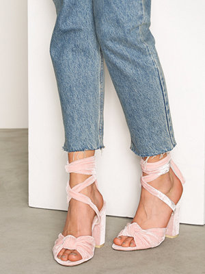 NLY Shoes Velvet Lace Heel Sandal Ljus Rosa