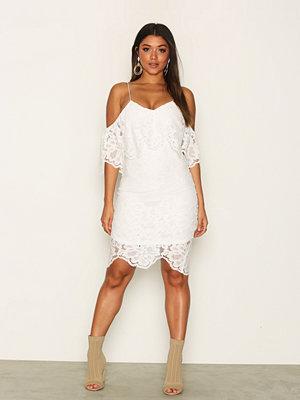 Ax Paris Lace Dreamy Dress Cream
