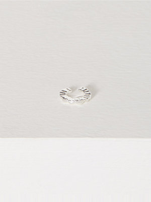 WOS Love Cuff Earring