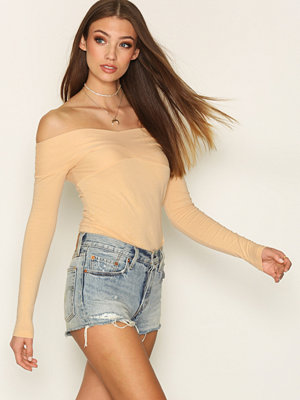 NLY Trend Draped Shoulder Top