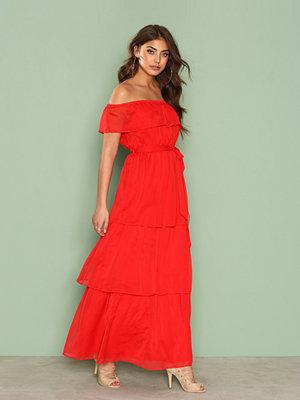 Festklänningar - NLY Eve Frill Me Up Gown