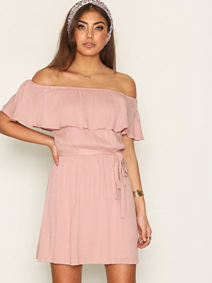 NLY Trend Singoalla Short Dress Ljus Rosa