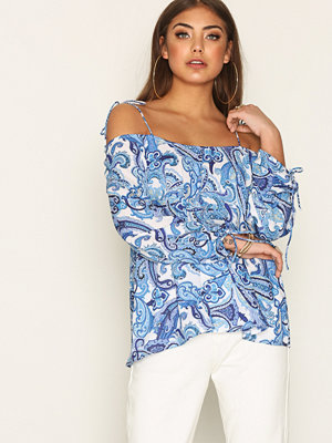Skjortor - NLY Trend Print Off Shoulder Blouse