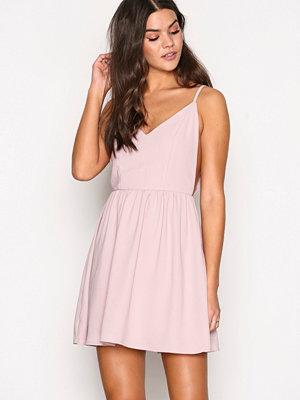 Glamorous Strappy Skater Dress Dusty Pink