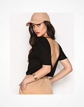 NLY Trend Scoop Back Tee