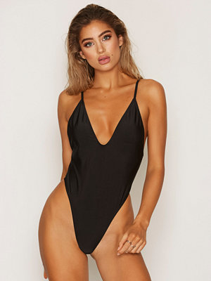 NLY Beach Girl Power Swimsuit Svart