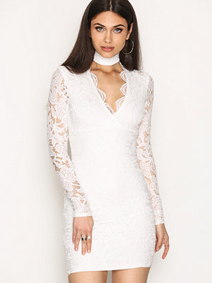 NLY One Choker Lace Dress Vit