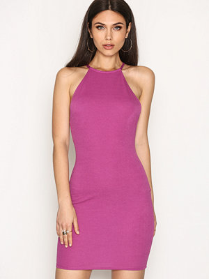 NLY One Low Back Dress Lila