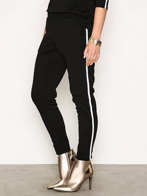 Sisters Point svarta byxor Gings Pants Black/White