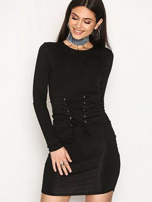 NLY Trend Corset Bodycon Dress Svart