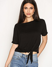 NLY Trend Front Knot Tee