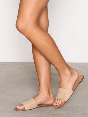 Tofflor - NLY Shoes Toe Strap Sandal Beige