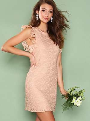 NLY Trend Flirt On Lace Dress Peach