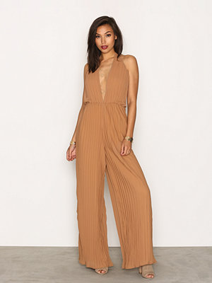 Jumpsuits & playsuits - Missguided Halterneck Jumpsuit