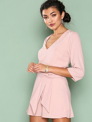 Jumpsuits & playsuits - NLY One Hey You Playsuit Ljus Rosa