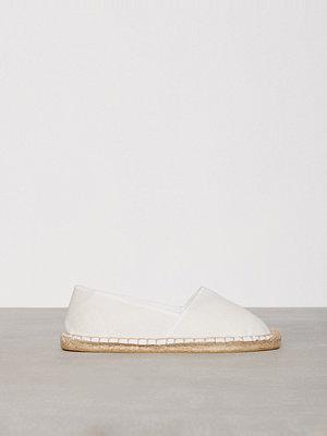 Tygskor & lågskor - NLY Shoes Espadrilles Offwhite