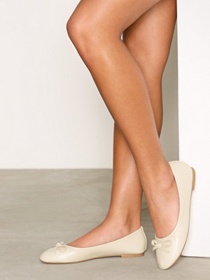 Ballerinaskor - NLY Shoes Ballerina Light Beige