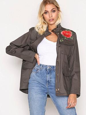 Sisters Point Deflo Jacket