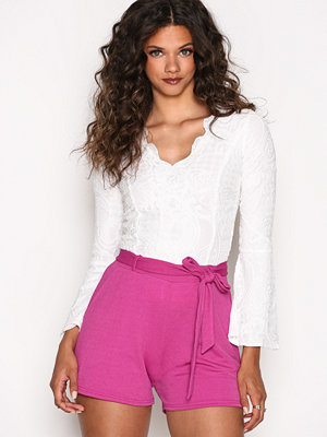 NLY Trend Dressed Tie Shorts Fuchsia