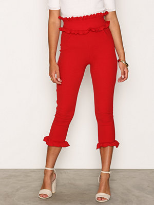 NLY Trend röda byxor Jersey Frill Pants Lollipop