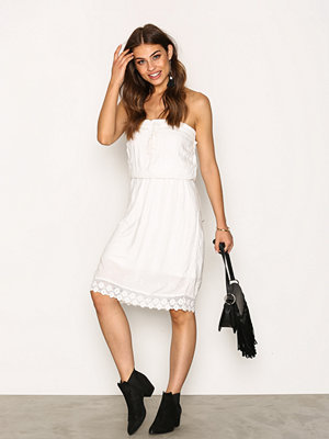 Sisters Point Iza Dress Cream