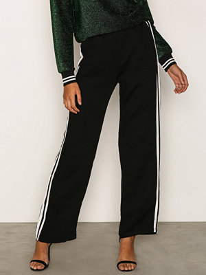 Sisters Point svarta byxor Gruso Pants Black/White