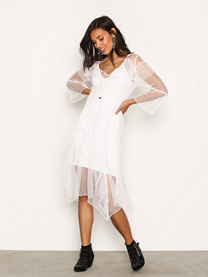River Island LS Press Frill Dress Cream