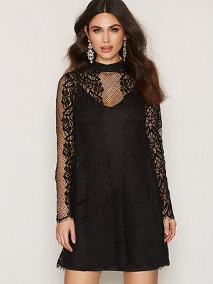River Island Fluted Lace Mini Dress Black