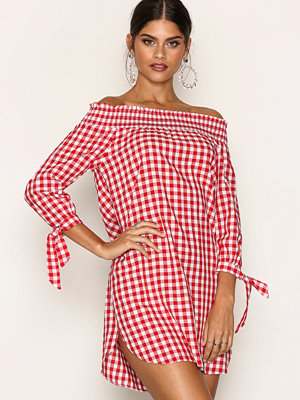 New Look Gingham Check Shirred Bardot Neck Dress Red