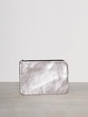 Pieces ljusgrå kuvertväska Pcedina Leather Clutch Silver