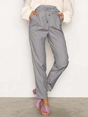 Vero Moda byxor Vmrory Nw Loose String Thin Pants A Ljus Grå