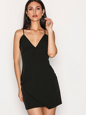 Missguided Strappy Wrap Detail Shift Dress Black