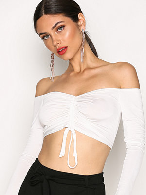 NLY One Draw String Crop Top Vit