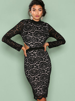Love Triangle Back To Black Lace Dress Black