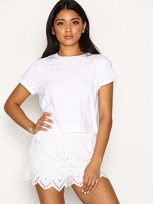 Shorts & kortbyxor - Topshop Cutwork Broderie Shorts White