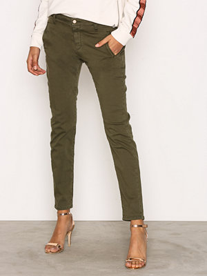 Selected Femme omönstrade byxor Sfingrid Mr 2 Tapered Chino Grape L Grön