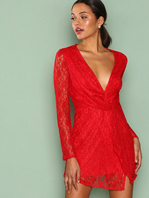 Missguided Lace Twist Front Shift Dress Red