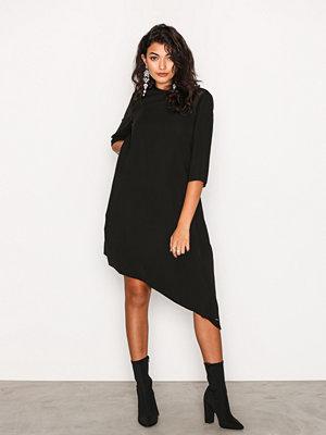 Calvin Klein Jeans Danaka Asym Dress Black