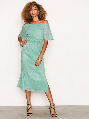 Closet Off the Shoulder Gathered Dress Green