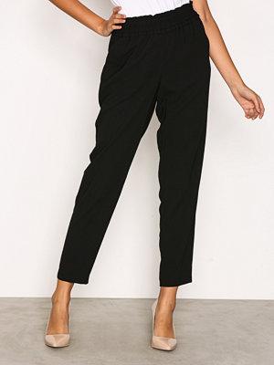 New Look svarta byxor Frill Waist Trouser Black