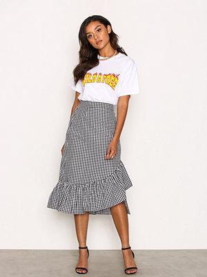 Kjolar - NLY Trend Frill Check Skirt Svart/Vit