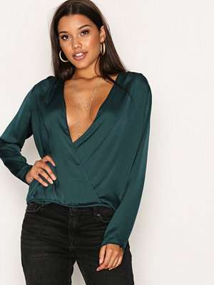 NLY Trend My Way Blouse Grön